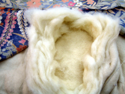 打ち直す前の布団綿